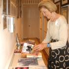 Anne Admires Books