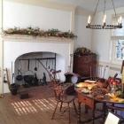 Woodford Kitchen Mantel